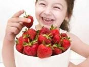 Nên cho trẻ ăn hoa quả như thế nào?