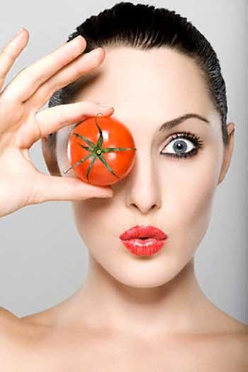 Bí quyết làm đẹp da mặt với cà chua và đường