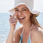 Phải dùng kem chống nắng trong mùa hè
