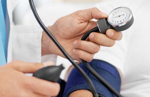 Đâu là giải pháp tốt nhất cho người cao huyết áp?
