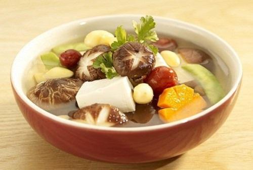 Canh súp nấm linh chi