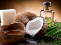 Cách trị mụn ẩn dưới da an toàn với dầu dừa