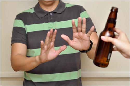 Không uống rượu bia giúp bảo vệ gan