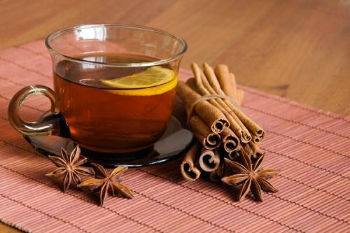 Giảm đau đầu bằng trà quế