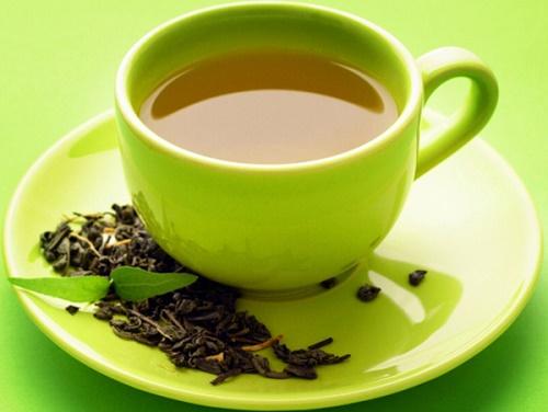 Giảm đau đầu bằng trà xanh