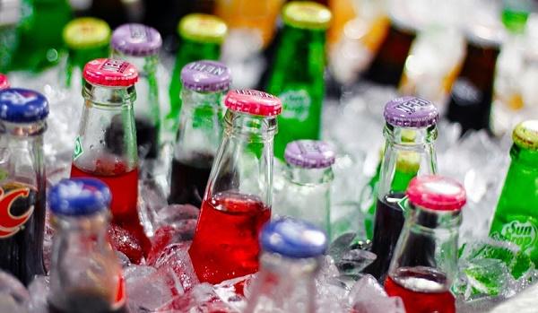 Không lạm dụng đồ uống có ga, chất kích thích
