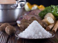 Hạn chế ăn các đồ ăn muối