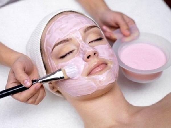Công thức trị nám da từ mặt nạ sữa chua kết hợp với Vitamin E tại nhà