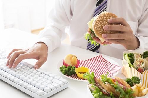Ăn uống thiếu dinh dưỡng khiến suy giảm trí nhớ