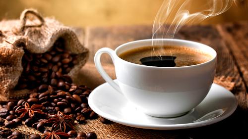Người bị viêm khớp không nên uống cafe nhiều