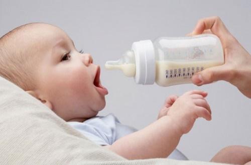 Bổ sung canxi cho trẻ theo đúng liều lượng