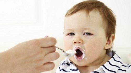 Sữa chua thực phẩm tốt cho bé