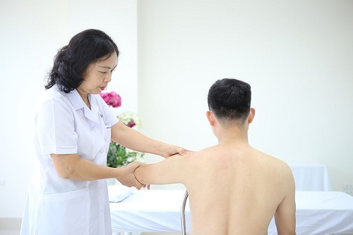 Bệnh viêm quanh khớp vai và cách điều trị