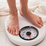 Người giảm cân: Kiểm tra cân nặng thường xuyên có tốt không?