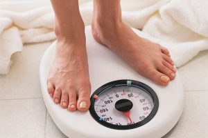 Tần suất kiểm tra cân nặng trong quá trình giảm cân