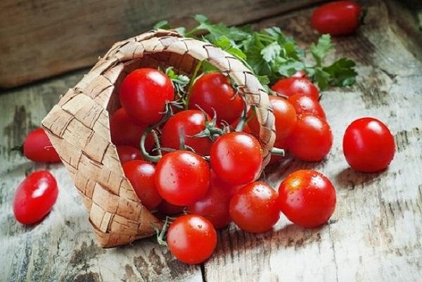 Cà chua giúp da mịn màng trắng hồng