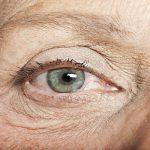 6 Cách đơn giản bảo vệ mắt cho người cao tuổi