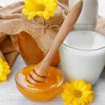 Bật mí 3 cách làm đẹp da với mật ong và sữa tươi siêu hiệu quả